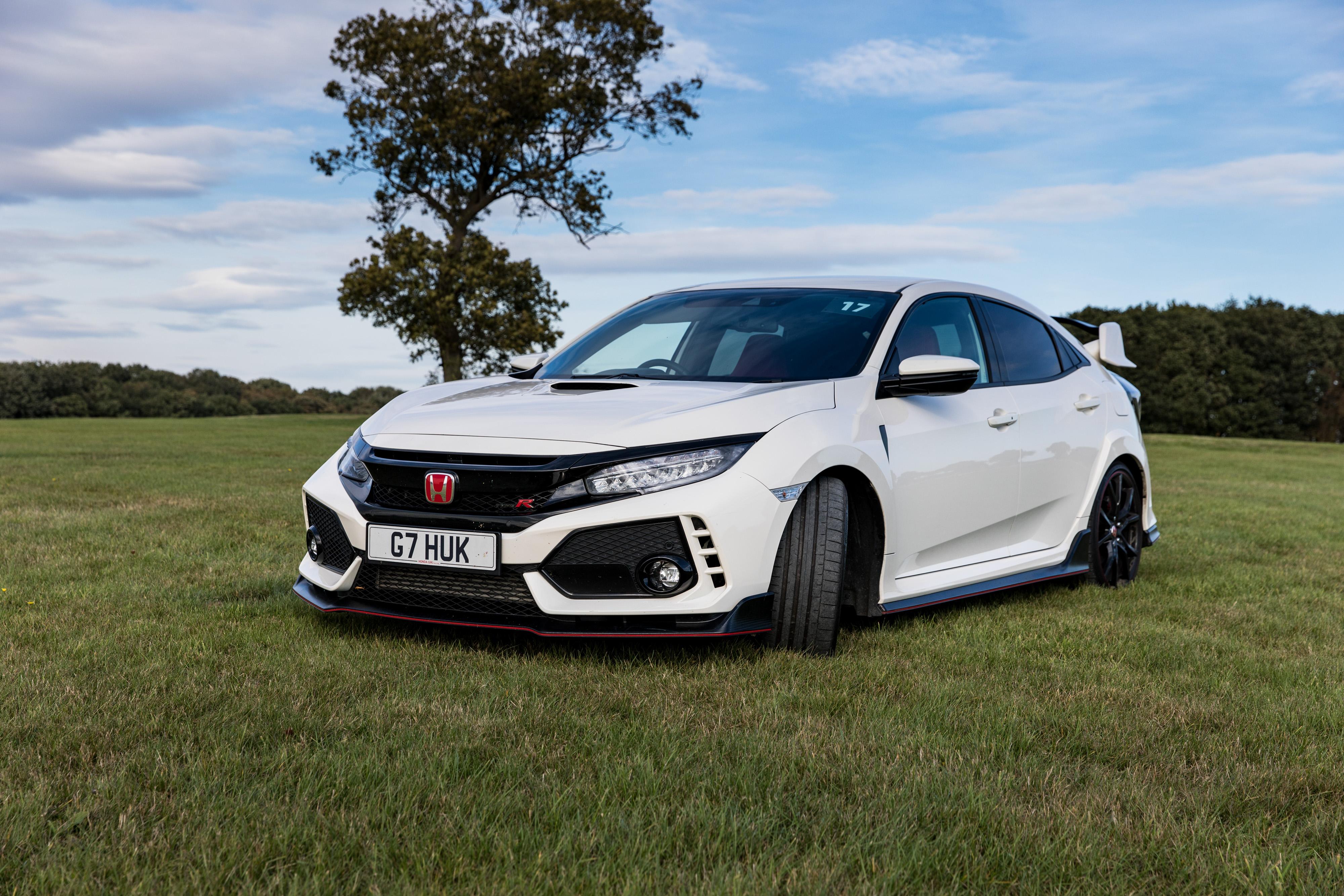 Honda Civic Type R - Flash Drive and Video